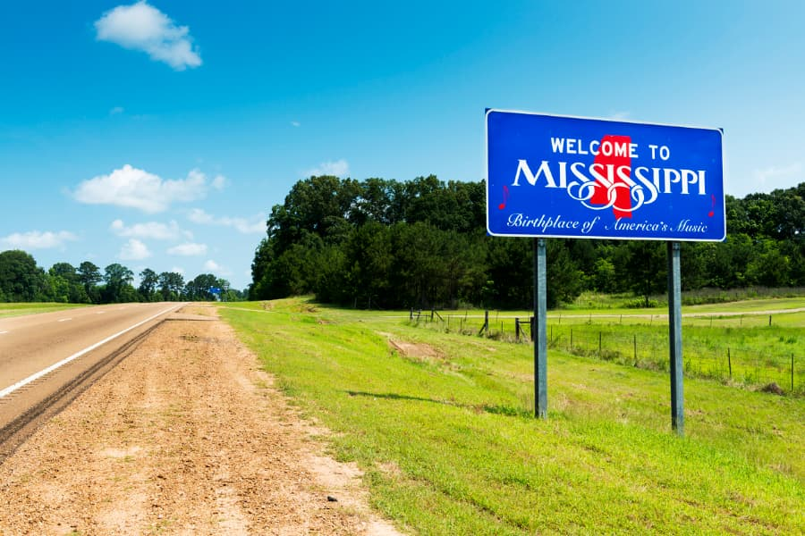 Welcome Sign to Mississippi Alongside Highway